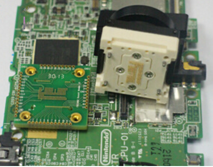 Analysis transform PCB board eMMC analysis assay plates for test device transforming signal out to the IC in socket